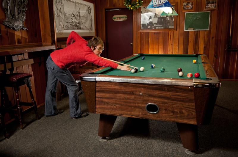 Heriot Bay Inn Pool table